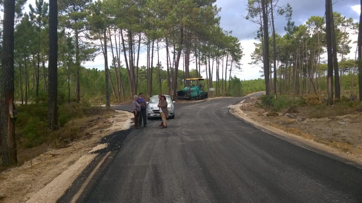 obras_nas_estrada_da_ribeira_do_pereiro