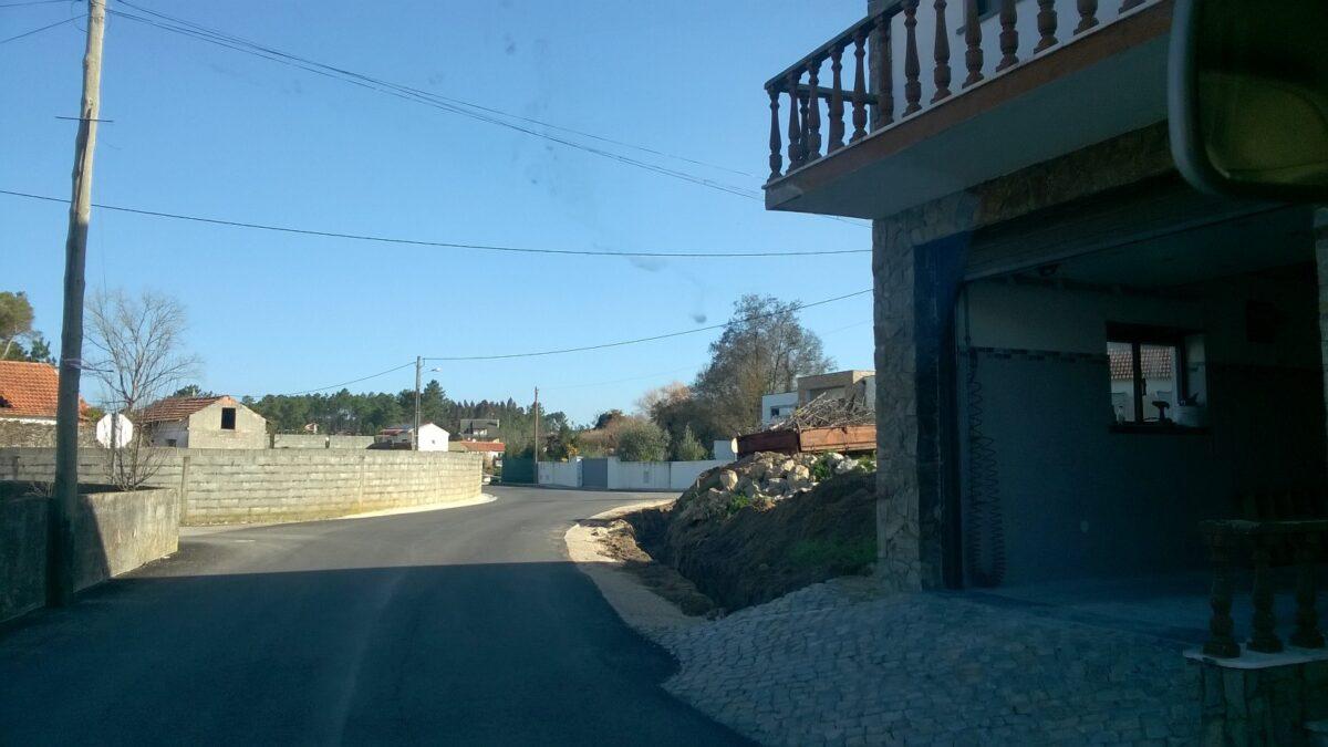 construcao_de_muro_na_rua_do_rio_da_lama_na_ribeira_do_pereiro_01