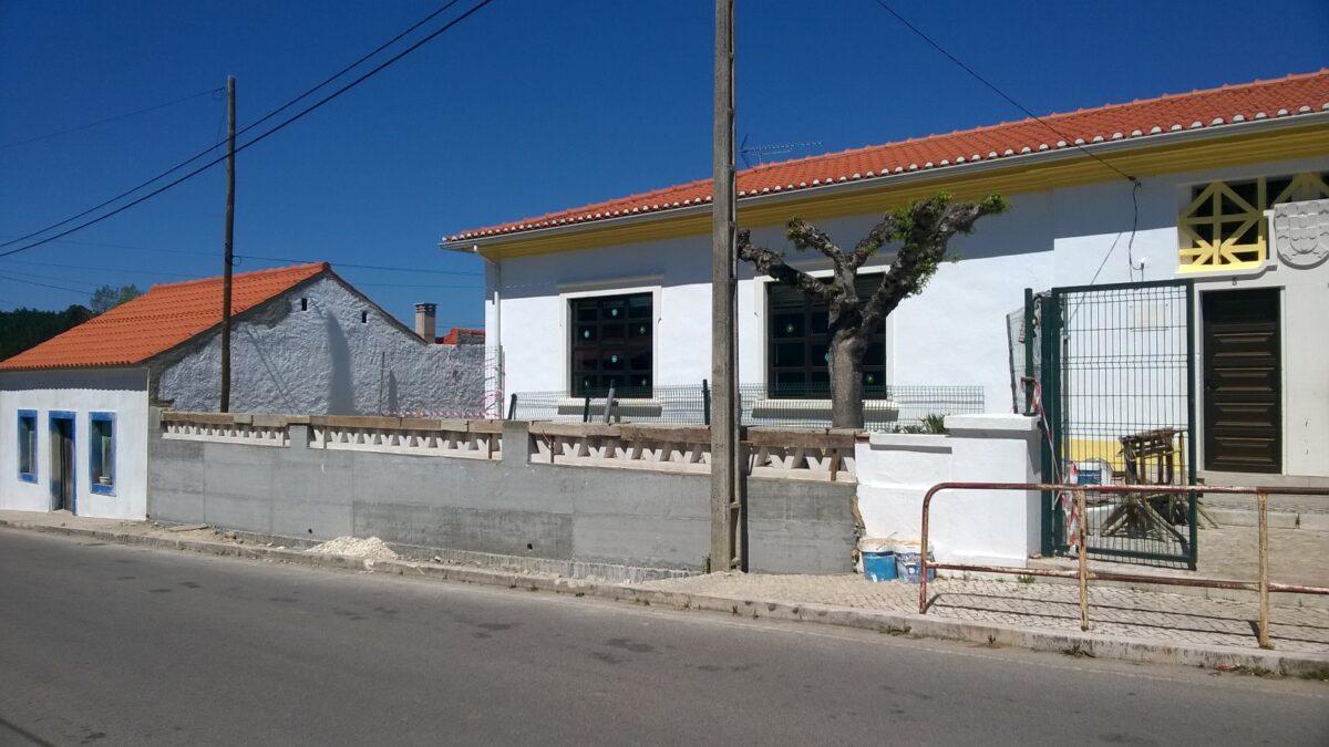 primeira_fase_de_reconstrucao_de_muro_da_eb1_de_povoa
