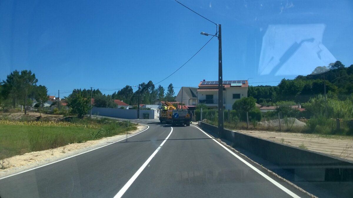 marcacao_da_sinalizacao_horizontal_na_estrada_da_ribeira_do_pereiro