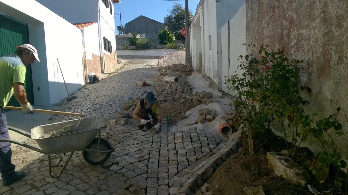 beco_cova_da_moura_-_alqueidao_levantamento_de_calcada