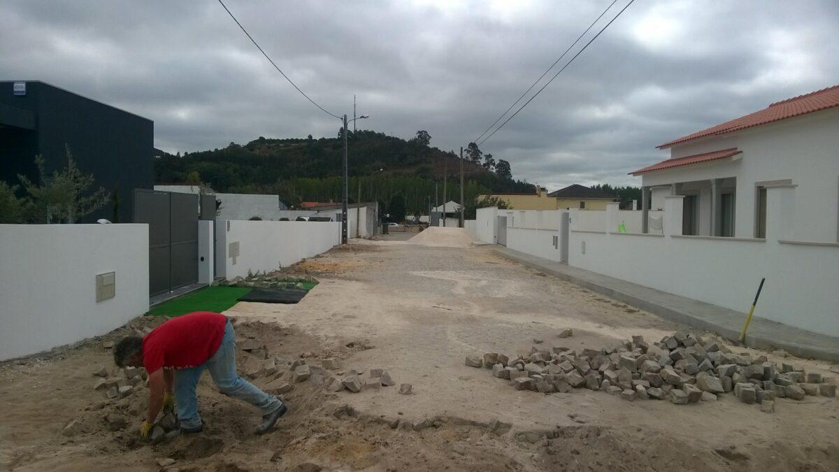 rua_antonio_sousa_magalhaes_-_casal_da_areia-_alargamento_de_via_e_reposicao_de_calcada