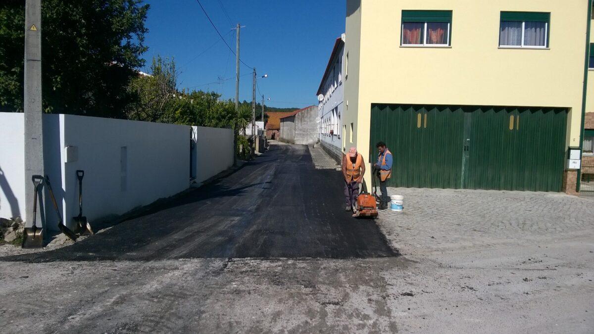 alcatroamento_da_rua_-_em_-