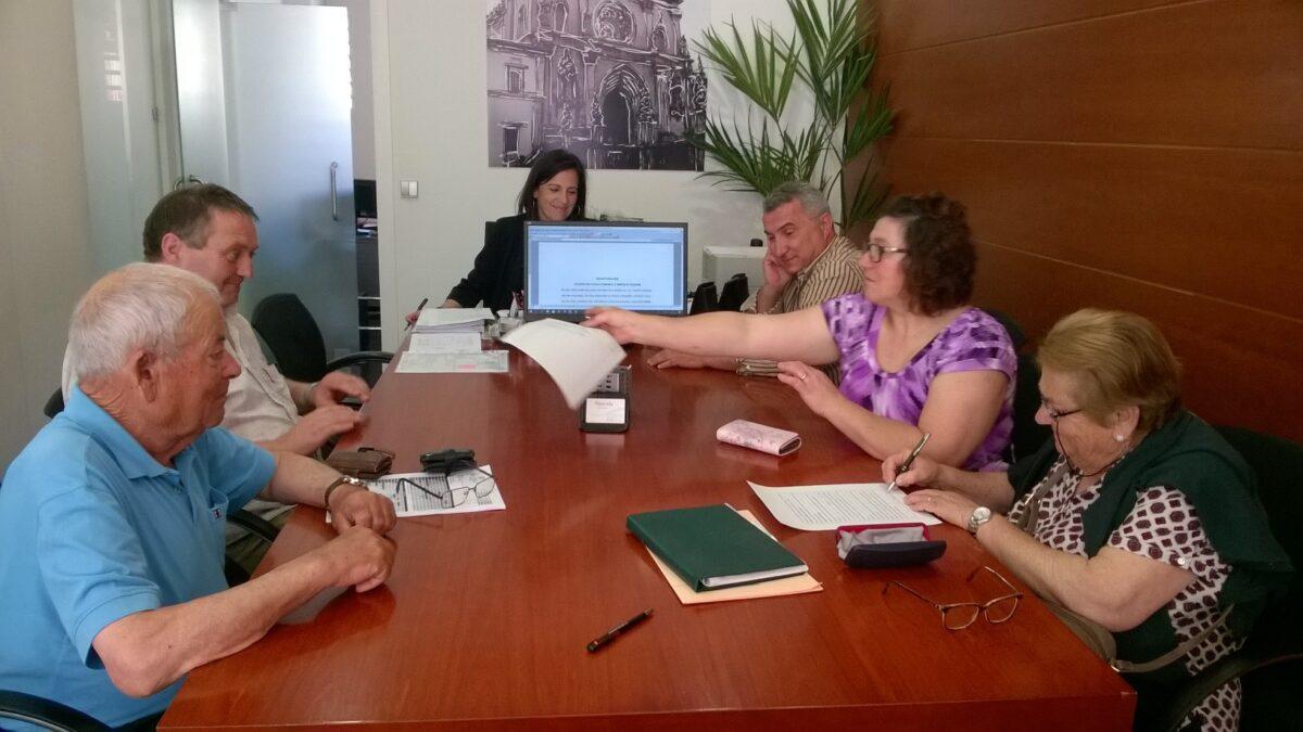 assinatura_da_escritura_aquisicao_de_terreno_a_poente_do_estaleiro_da_junta_em_montes